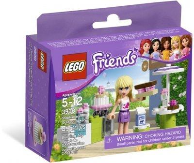 3930 LEGO Friends Stephanie's Buitenkeuken