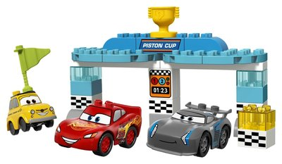 10857 LEGO DUPLO Cars 3 Piston Cup Race