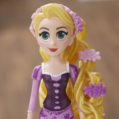 0180 Disney Princess Curl en Twirl Rapunzel - Speelfiguur
