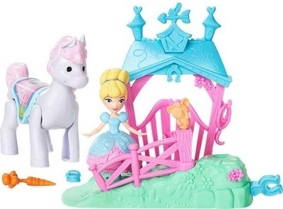 627952 Disney Princess Assepoester Pony Ride Stable